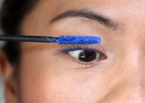 Best Blue Mascara - How to Apply Blue Mascara