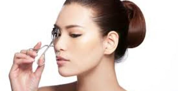Best Eyelash curler –Types and How to Curl Eyelashes