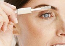 Using an Eyebrow Shaper
