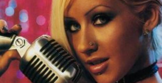 Nose Piercing – Which Side, Procedure, Celebrities and Pictures - Christina Aguilera